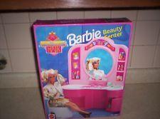 1992 MATTEL BARBIE BEAUTY CENTER SALON HOLLYWOOD HAIR NO.9367 NIB  BEAUTY SHOP