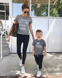 c5dd827ce6 Outfits en conjunto mama e hijo ¡Te van a encantar! Mother Son Matching  Outfits