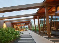Washington Fruit & Produce Co. Headquarters   Graham Baba Architects; Photo: Kevin Scott   Archinect