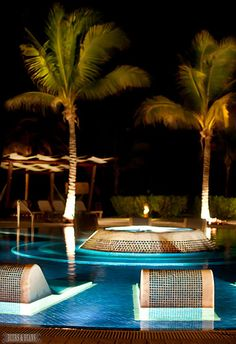 Riviera Maya >> I'd like to sit in this pool right now!  via Beers & Beans