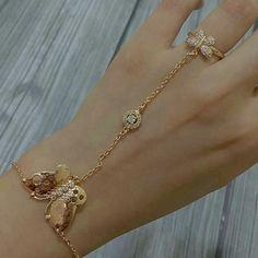 Jewelry Design Earrings, Gold Earrings Designs, Gold Jewellery Design, Stylish Jewelry, Simple Jewelry, Fashion Jewelry, Hand Bracelet, Slave Bracelet, Mens Gold Bracelets