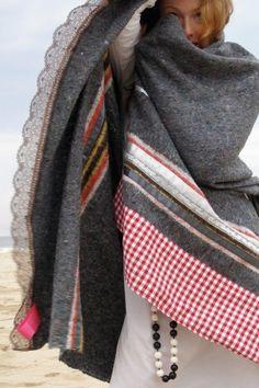 B- handmade ladak blankets: handmade blanket assembled from a base of recycled sweaters, blankets, jeans Recycled Sweaters, Recycled Blankets, Old Sweater, Love Sewing, Recycled Fabric, Recycled Materials, Wool Blanket, Sweater Blanket, Refashion