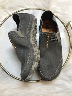 adb7c58cac8 Cushe Men s Shoes Brown UM007088 Size 8 Canvas Slip Ons EUC