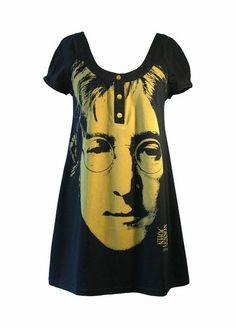 Такое платье нефиг сделать из любой футболки с любимым музыкантом. Обращайтесь!