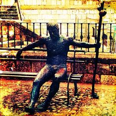 """""""Peregrino frente a la #Catedral de #Burgos"""" ...por akira75 en #Instagram"""