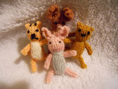 Ravelry: Project Gallery for Teeny tiny knitted toys pattern by Little Cotton Rabbits - Winnie the Pooh and Piglet Too!