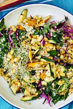 Grilled Squash, Corn and Kale Salad with Sunflower Seed Vinaigrette |  The creamy sunflower seed dressing for this hearty summer salad is flavored with za'atar, the classic Middle Eastern spice mix that often includes thyme, oregano or marjoram, sesame seeds, tangy sumac and often salt. #summerrecipes #summersalad #summergreens Summer Squash Recipes, Summer Recipes, Summer Vegetarian Recipes, Vegetarian Salad, Vegetarian Grilling, Kitchen Recipes, Cooking Recipes, Healthy Recipes, Lasagna Recipes