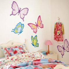 Here is Cute Butterfly Bedroom Wall Decal Mural Ideas for Teen Photo Collections at Bedroom Wall Catalogue. More Picture Design Butterfly Bedroom Wall can you found at her Butterfly Bedroom, Butterfly Wall Decor, Butterfly Stencil, Butterfly Decorations, Butterfly Design, Butterfly Wings, Girls Wall Stickers, Kids Wall Decals, Wall Decals For Bedroom