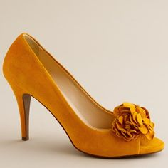 Saffron Shoes - This is definitely my kind of shoe.  My sorors will love this shoe. SGRho