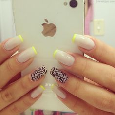 yellow tips nails black white yellow nail art great summer time colors to go with my tan! Hate the animal print but