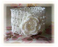 Crochet Bracelet Crochet Lace Bracelet by CraftsbySigita Crochet Cross, Crochet Motif, Hand Crochet, Crochet Flowers, Crochet Lace, Crochet Patterns, Textile Jewelry, Fabric Jewelry, Crochet Jewellery
