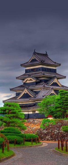 Crow Castle, Matsumoto, Japan