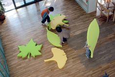 Foglie by Play+ / Design by Silvia Ghirelli Classroom Furniture, Nursery Furniture, Classroom Inspiration, Garden Inspiration, Soft Play Centre, Cozy Corner, Learning Spaces, Classroom Design, Nursery Design