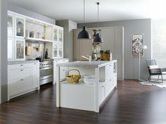 Kücheninsel und Halbinsel gestalten - praktische Ideen