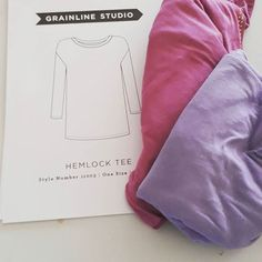 Hemlock tee done, quite pleased as only the 2nd time using knit fabric and it's a very fine stretchy Jersey too. Difficult to get Jersey here in Oman so used Jersey headscarves. #hemlocktee  #makedo #headscarvesheadscarves,makedo,hemlockteedenbeesewswhat