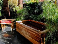 Jamie Durie outdoor japanese bath tub