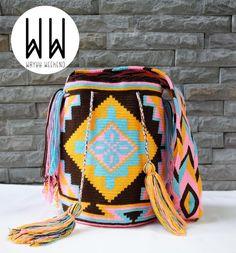 3 отметок «Нравится», 1 комментариев — Wayuu Bag สินค้านำเข้ามาเองค่ะ (@wayuuweekend) в Instagram: «New Arrival Code : AL02 Bag : Size L High: 30 cm (+-2cm) Base 18x20 cm (+-2cm) Band : Long: 110…»