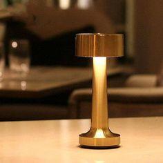 Bar Lighting, Modern Lighting, Outdoor Table Lamps, Color Cobre, Bar Led, Desk Light, Vintage Bar, Desk Lamp, Lights