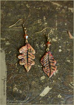 Oak leaf Autumn earrings  handmade by Vocisconnesse on etsy