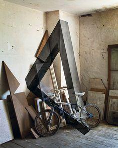 """""""Géométrie de l'impossible"""", une série de créations de l'artiste française Fanette Guilloud"""