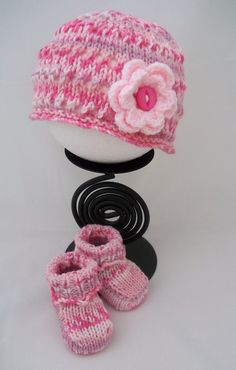 Hand Knitted Baby Girls Hat & Bootee Set £12.00