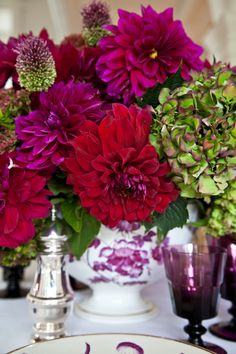 The Last Dahlia Dinner for 2012 | Carolyne Roehm - different shades of purple and red dahlias combined with hydrangea and late-blooming allium