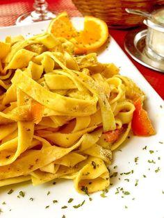 Un piatto inusuale, all'insegna della frutta e della verdura, che si sposano in un connubio perfetto. Vi troverete tutto il gusto della dieta mediterranea.