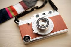 Gizmon iCA iPhone Case | Digital Trends $65 - Instagram Hipster Photogs Unite! #instagram #iphonecover #hipsterphotog