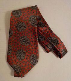 d9668bfcef40 Details about Oscar de la Renta Couture Mens Neck Tie Red Gray Paisley Silk  Hand Sewn Classic