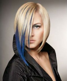 Hottest Blonde Blue Hair Color and VSCO Girl Hairstyles 2020 to Look Glamorous Blonde And Blue Hair, White Ombre Hair, Ombre Hair Color, Dark Hair, Current Hair Trends, Short Hair Trends, Bobbed Hairstyles With Fringe, Girl Hairstyles, Short Hair Cuts