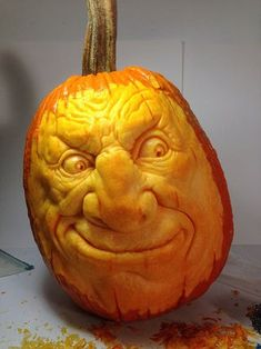 How to Carve a Realistic Face on a Pumpkin: 11 Steps (with Pictures) Awesome Pumpkin Carvings, Scary Pumpkin Carving, Creepy Pumpkin, Pumpkin Art, Pumpkin Crafts, Pumpkin Ideas, Carving Pumpkins, Food Carving, Pumpkin Faces
