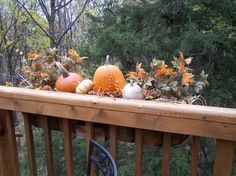 Thanksgiving - Decorate the dead flower box