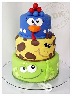 Funny animal cake! Great kid birthday cake or baby shower.