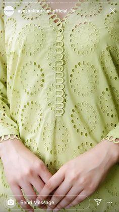 Chudidhar Neck Designs, Neck Designs For Suits, Sleeves Designs For Dresses, Neckline Designs, Dress Neck Designs, Stylish Dress Designs, Collar Designs, Kurti Sleeves Design, Kurta Neck Design