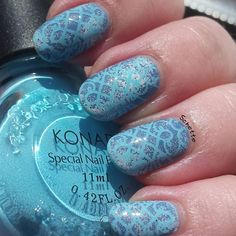 Lacy making of mani by @schette08 via instagram as she used MM53 of the nail stamping plate collection by Messy Mansion