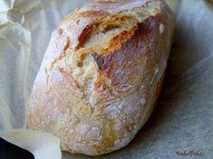 Dagasztás nélküli fokhagymás kenyér
