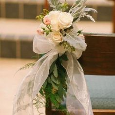 15 of the Uniquely Pretty Church Wedding Flower Inspirations for the Church Ceremony Pinspirated! Wedding Church Aisle, Church Wedding Flowers, Wedding Pews, Aisle Flowers, Wedding Altars, Catholic Wedding, Church Ceremony, Wedding Bouquets, Catholic Altar