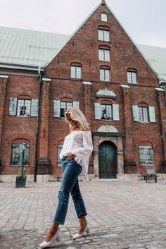 Elin Skoglund, Sweden