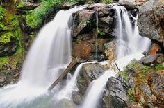 Ten Great Waterfall Hikes in Washington State