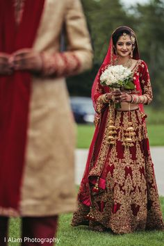 Indian bride ready to meet groom capture