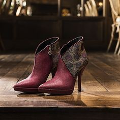 The stiletto #boots F/W collection is dedicated to a trendy young #woman.