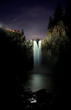 Snoqualmie Falls by Jeff Greene