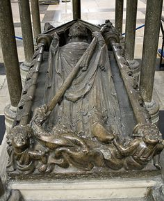 Tomb in York Minster of Walter de Gray, Archbishop of York (died 1 May 1255) Gray was present at the signing of Magna Carta in June 1215.