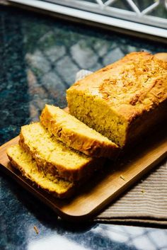 Quickbread made with pureed mangos, lime zest and coconut. Mango Recipes, Pureed Food Recipes, Baking Recipes, Cake Recipes, Dessert Recipes, Bread Recipes, Coconut Bread Recipe, Coconut Slice, Mango Bread