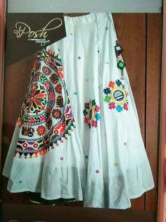 Choli Blouse Design, Choli Designs, Fancy Blouse Designs, Designs For Dresses, Lehenga Designs, Kurta Designs, Saree Blouse Designs, Chaniya Choli Designer, Ghagra Choli