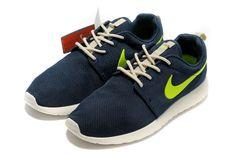 Nike-Roshe-Run-Men-MidnightBlue-Volt-3.jpg (800×531)