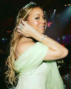 Jay Kay, Mariah Carey Photos, Martina Mcbride, Annie Lennox, Celine Dion, Freddie Mercury, David Bowie, Candid, Hair Beauty