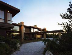 Bridgehampton Residence | Architect: Sawyer-Berson | Bridgehampton, South Fork of Suffolk County, New York
