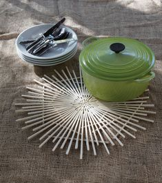 Chopstick trivet - wonder what kind of glue they used and whether it's truly heat-safe?