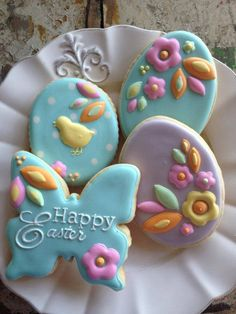 31 Pretty and Delicious Easter Cookies to Make … - Kekse Ideen Fancy Cookies, Iced Cookies, Cute Cookies, Easter Cookies, Easter Treats, Holiday Cookies, Cupcake Cookies, Sugar Cookies, Flower Cookies